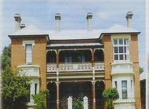 Strathmore Victorian Manor - Accommodation Redcliffe