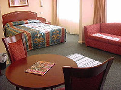 Embassy Motel - Accommodation Redcliffe