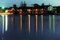 Clan Lakeside Lodge - Accommodation Redcliffe