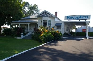 Colonial Court Motor Inn - Accommodation Redcliffe