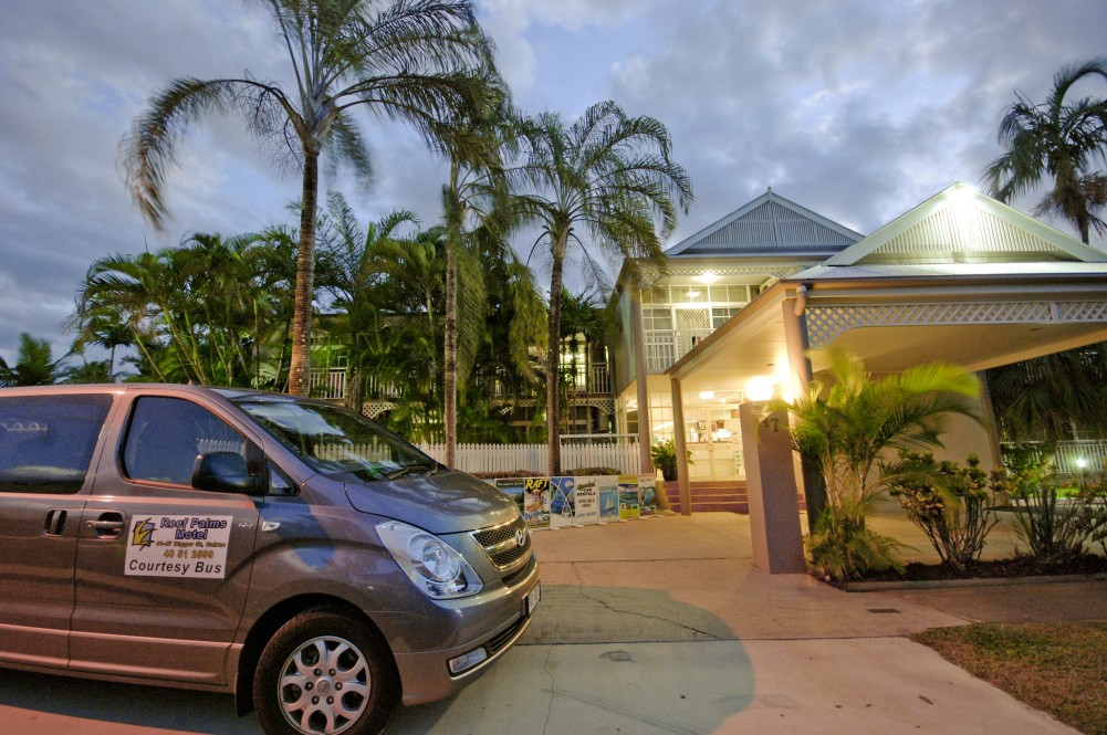 Reef Palms - Accommodation Redcliffe