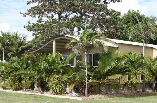 BIG4 Rollingstone Beach Caravan Resort - Accommodation Redcliffe