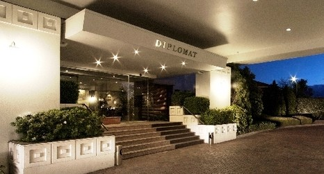 The Diplomat Hotel - Accommodation Redcliffe