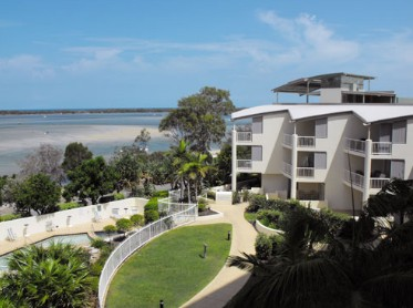 Moorings Beach Resort - Accommodation Redcliffe