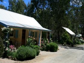 Riesling Trail Cottages - Accommodation Redcliffe