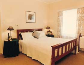 The Farm House - Accommodation Redcliffe