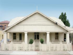 Seaside Semaphore Holiday Accommodation - Accommodation Redcliffe