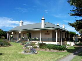 Seaview Lodge K.I. - Accommodation Redcliffe