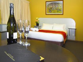 Victoria Hotel - Strathalbyn - Accommodation Redcliffe