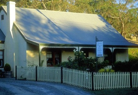 Country Pleasures Bed and Breakfast - Accommodation Redcliffe