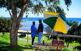 Moonta Bay Caravan Park Cabins - Accommodation Redcliffe