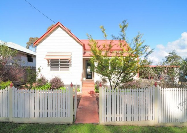 Diamond Cottages - Accommodation Redcliffe