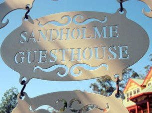 Sandholme Guesthouse 5 Star - Accommodation Redcliffe
