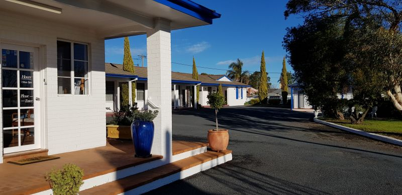 Colonial Motel - Accommodation Redcliffe