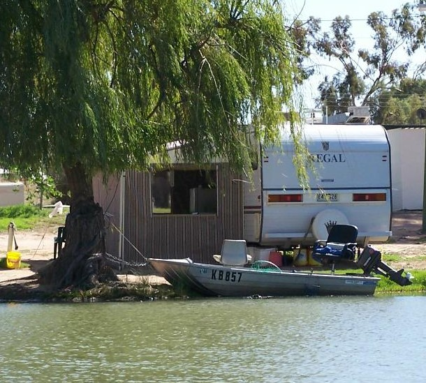 Willow Bend Caravan Park - Accommodation Redcliffe