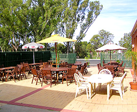 Royal Hotel Motel - Wentworth - Accommodation Redcliffe
