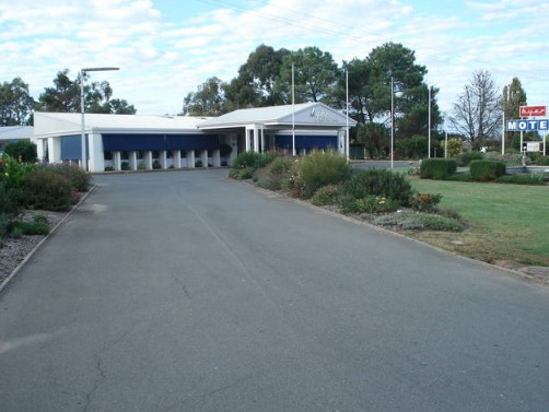 Byer Fountain Motor Inn - Accommodation Redcliffe