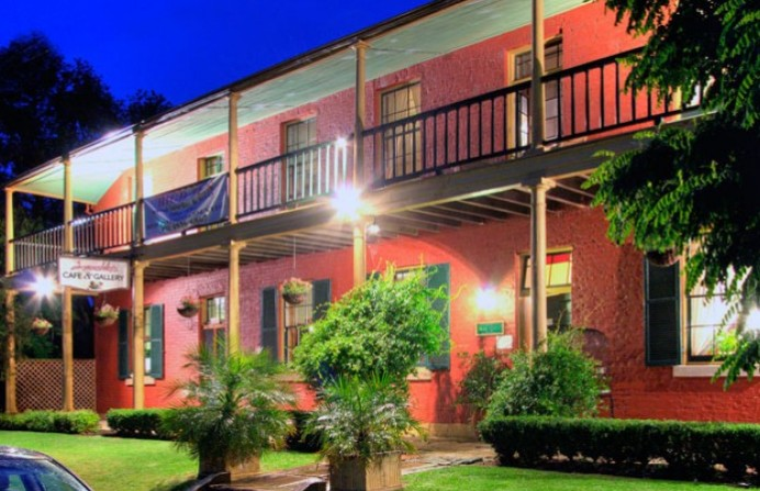 Anoushka's Boutique Bed and Breakfast - Accommodation Redcliffe