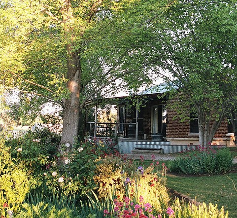 Amazing Country Escapes - Evanslea By The River - Accommodation Redcliffe