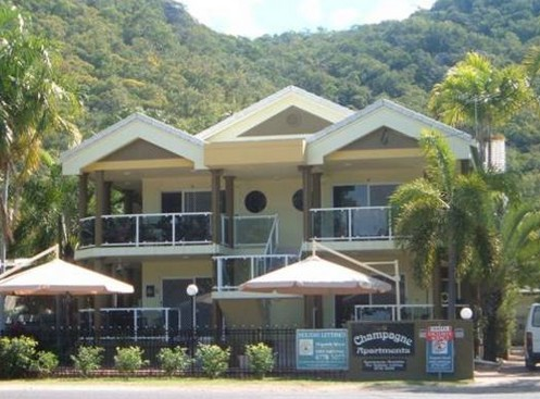 Champagne Apartments - Accommodation Redcliffe