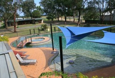 Valley Vineyard Tourist Park - Accommodation Redcliffe