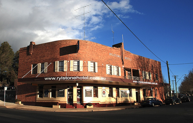 Rylstone Hotel - Accommodation Redcliffe