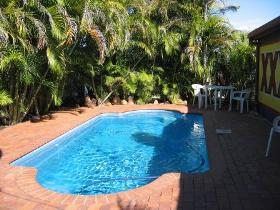 Royal Hotel Resort - Accommodation Redcliffe