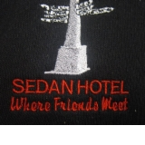 The Sedan Hotel - Accommodation Redcliffe