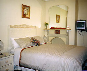 Boutique Motel Sefton House - Accommodation Redcliffe