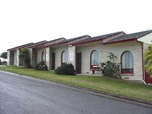 Oyster Court Motel - Accommodation Redcliffe