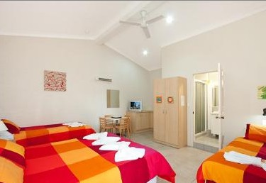 Pacific Palms Motel - Accommodation Redcliffe