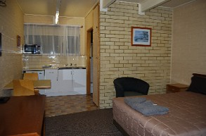 Coastal Comfort Motel - Accommodation Redcliffe