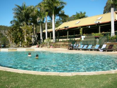 Cedar Lake Country Resort - Accommodation Redcliffe