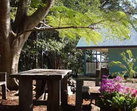 Pines On The Plateau Luxury Lodges - Accommodation Redcliffe