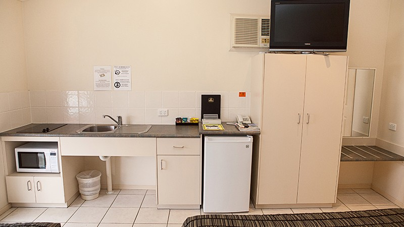 BEST WESTERN Caboolture Central Motor Inn - Accommodation Redcliffe