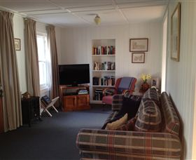 Cascade Cottage - Accommodation Redcliffe