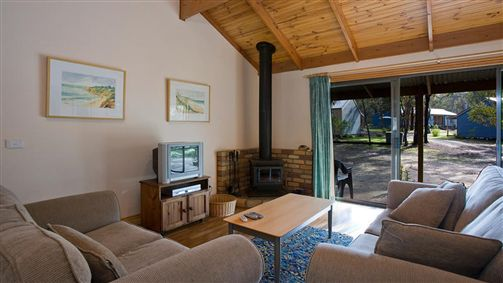 Surf Coast Cabins in Aireys Inlet - Accommodation Redcliffe