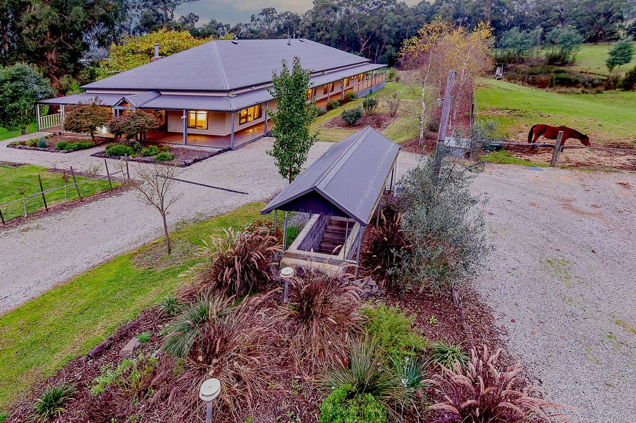 Lalee Farm - Accommodation Redcliffe