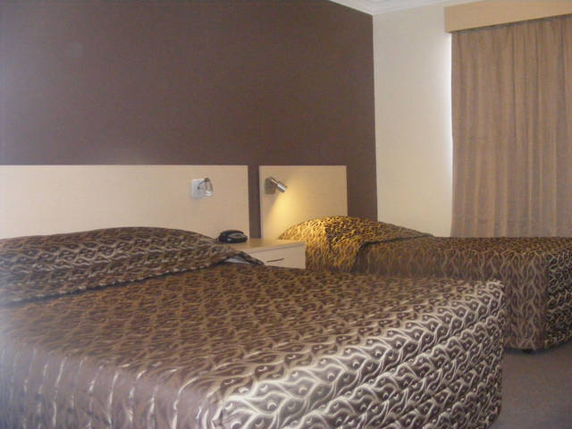 Econo Lodge Moree Spa Motor Inn - Accommodation Redcliffe