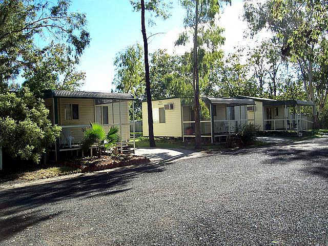 Highway Tourist Village - Accommodation Redcliffe