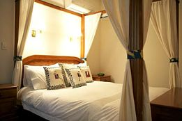 Lazy River Boutique Bed and Breakfast - Accommodation Redcliffe