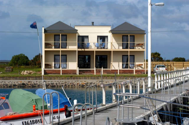 Port Albert Bed  Breakfast - Accommodation Redcliffe