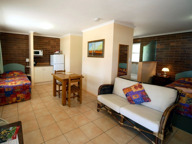 Rubyvale Motel  Holiday Units - Accommodation Redcliffe