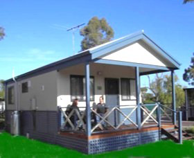 Pinjarra Cabins and Caravan Park - Accommodation Redcliffe