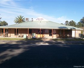 Dog N Bull - Accommodation Redcliffe