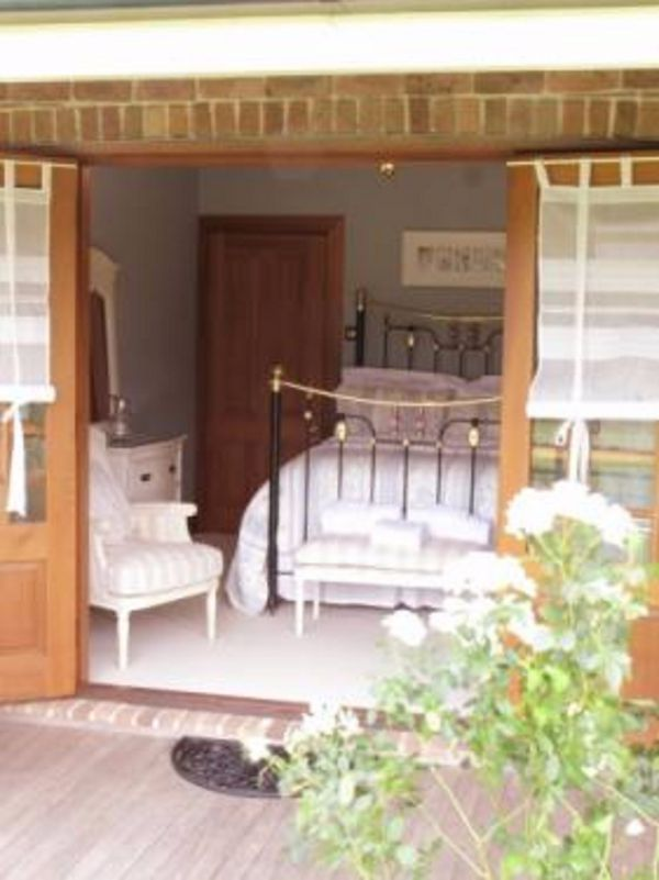 Appin Homestay Bed and Breakfast - Accommodation Redcliffe