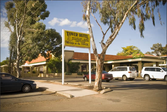 Tower Hotel - Accommodation Redcliffe