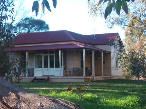 Baranduda Homestead BB Cottages - Accommodation Redcliffe