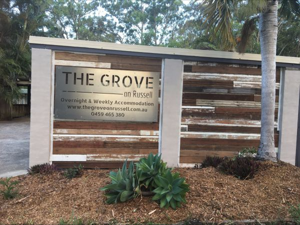 The Grove on Russell - Accommodation Redcliffe
