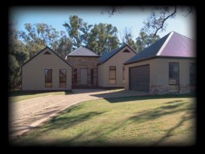 River Park House - Accommodation Redcliffe